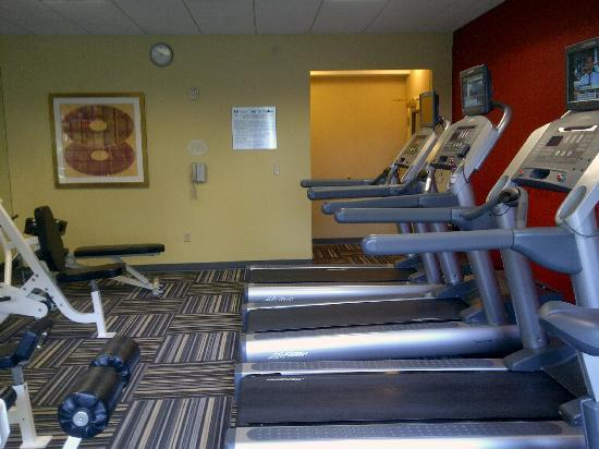 Courtyard by Marriott Los Angeles Burbank Airport: Fitness room