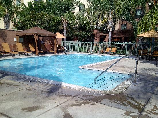 Courtyard by Marriott Los Angeles Burbank Airport: Pool