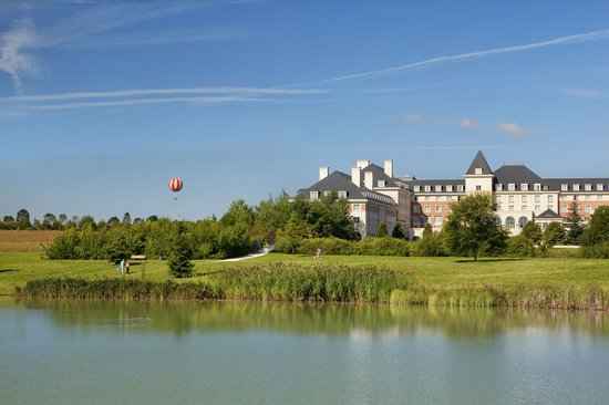 Photo of Dream Castle Hotel at Disneyland Paris Magny-le-Hongre