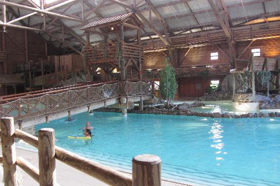 Piscina photo de disney 39 s davy crockett ranch bailly for Piscine davy crockett