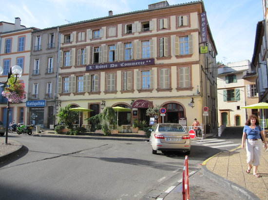 Photo of L'Hotel Du Commerce Montauban