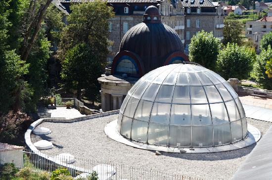 Balneario de Mondariz: The glass dome above the spa