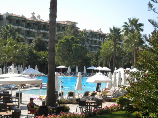 Barut Hemera Resort & Spa: Pool Area