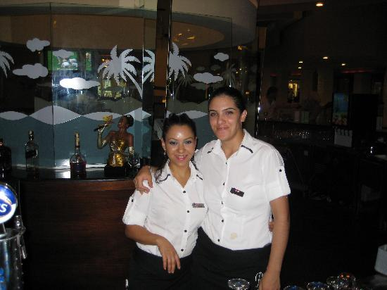 Limak lara de luxe hotel &; resort: excellent bar staff (hanime and