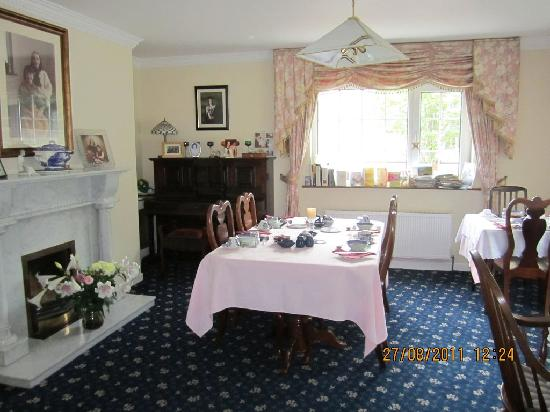 Rossarney Town House: Dining room