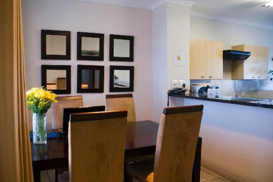 Westpoint Executive Suites: Dining area