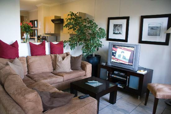 Westpoint Executive Suites: Living area