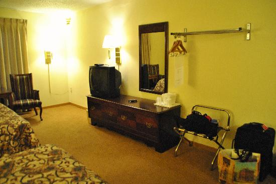 Foothills Inn: Room