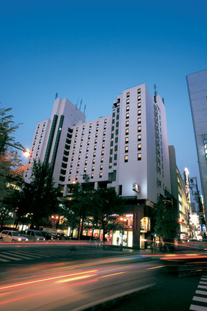 Cross Hotel Osaka