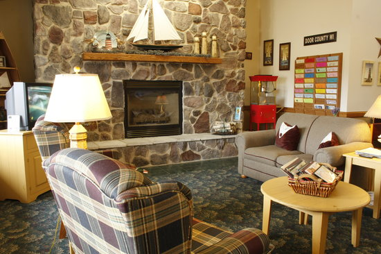 AmericInn Lodge &amp; Suites Sturgeon Bay: Welcome to Sturgeon Bay