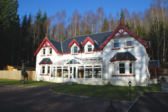 ‪Glen Albyn Lodge Invergarry Bed and Breakfast‬