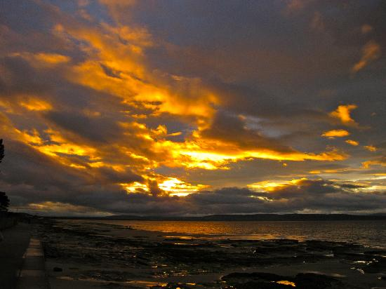 Cawdor House: Sunset in Nairn