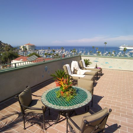 The Avalon Hotel on Catalina Island: The view from our rooftop deck