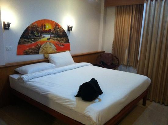 Natural Samui Hotel: Spacious room