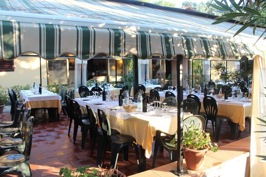 Impruneta, Italien: Outside Dinning