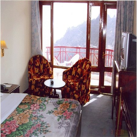 Photo of Hotel Sun ' n ' Star Mussoorie