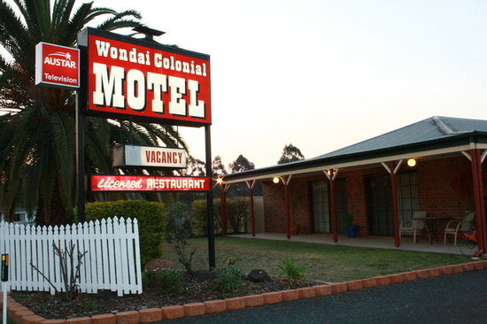 ‪Wondai Colonial Motel‬