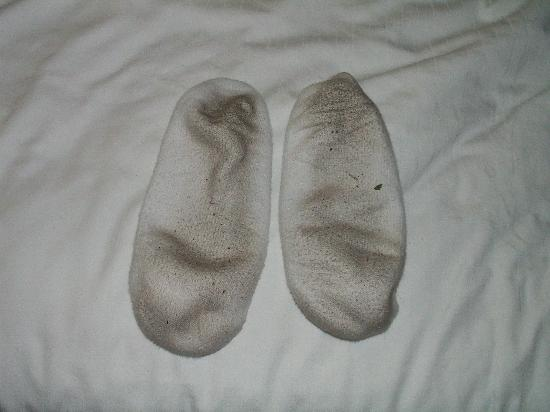 Holiday Inn Express Richmond Mechanicsville: White socks after walking in the room