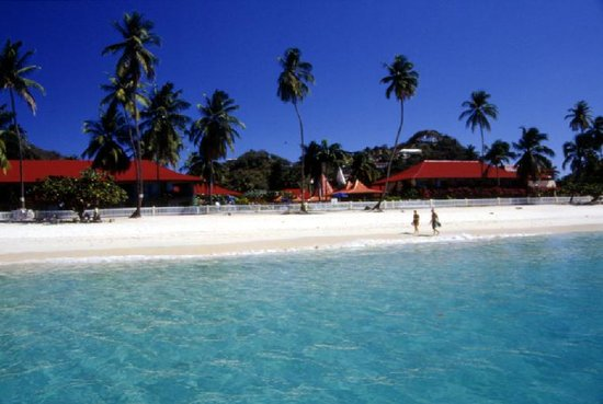 Grenada Grand Beach Resort: Resort's Beachfront Location
