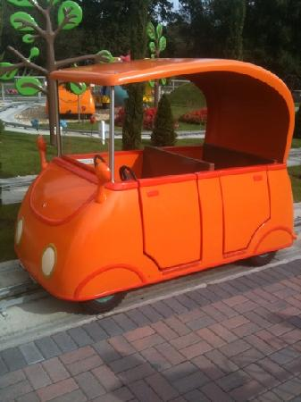 Daddy Pigs Car Picture Of Paultons Park Home Of Peppa