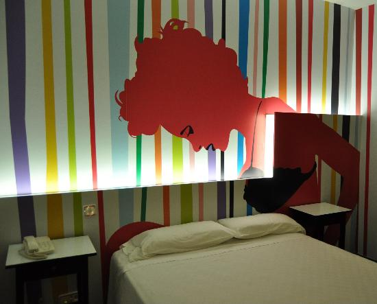 Pinto, Espagne : HABITACION FUNKY WOMAN 