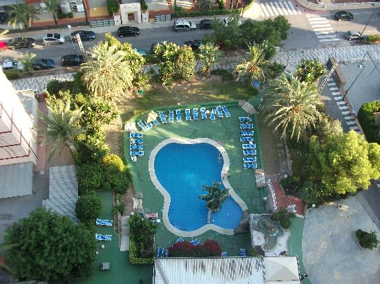 El Faro Aparthotel: Pool