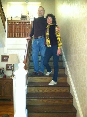 Bella Vista B&B: me and Vicki on stairs
