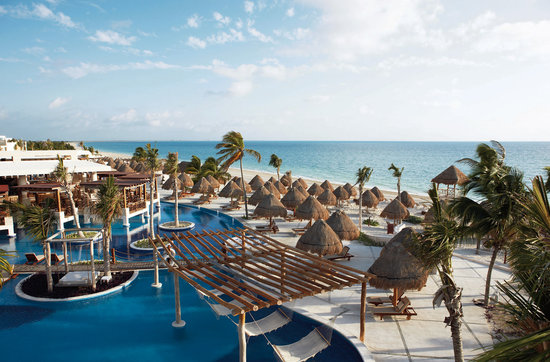 Excellence Playa Mujeres: Hotel Overview