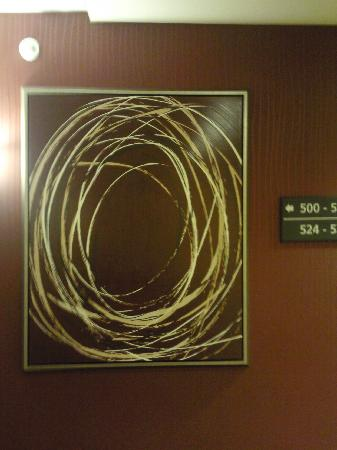 Hampton Inn &amp; Suites Seattle/Federal Way: Cute contempo art