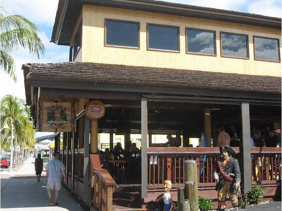 Yucatan beach stand bar fort myers beach menu prices for Stand pub