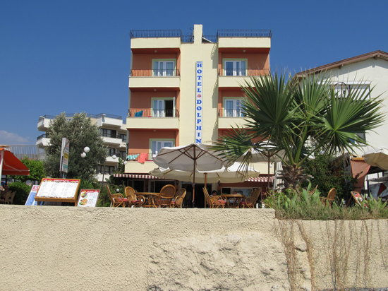Dolphin Beach Hotel Calis