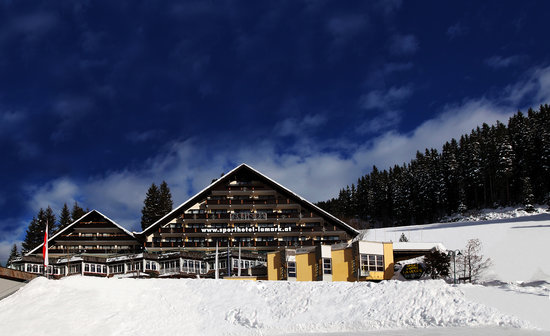 Photo of Hotel Lamark Hoechfugen