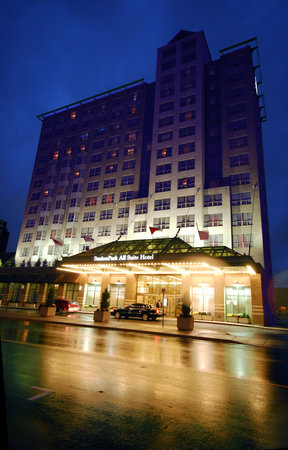 StationPark All Suite Hotel, London, Canada - Rates ...