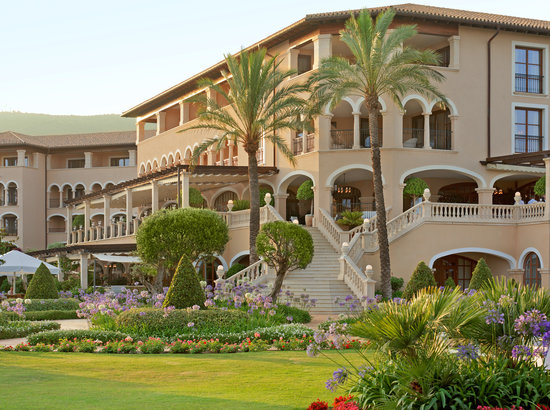 The St. Regis Mardavall Mallorca Resort: Vista Exterior
