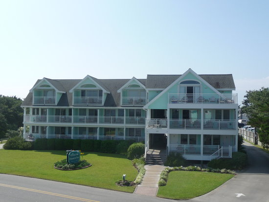 The Ocracoke Harbor Inn