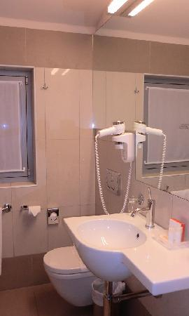 Hotel Le Corderie: Bathroom