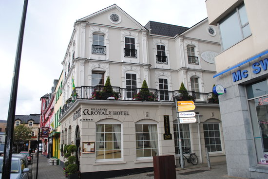 Killarney Royal: the front of the hotel