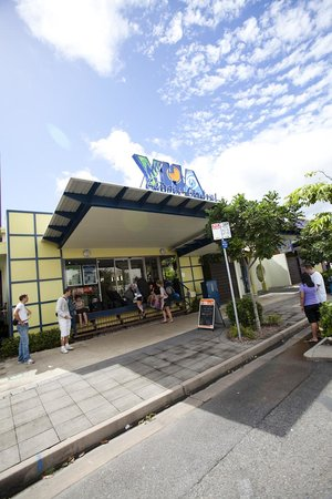 Cairns Central YHA Backpackers Hostel: Welcome!