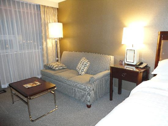 Sheraton Cavalier Hotel: The other half of our room