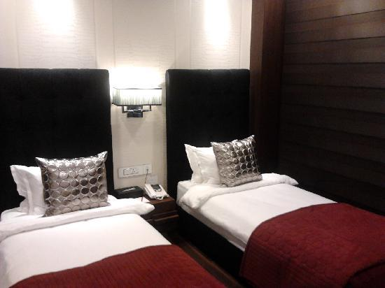 The Nanee Suites: TWIN BED DELUXE ROOM