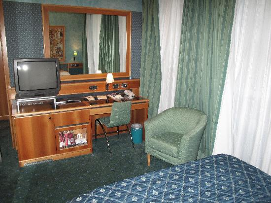 Brunelleschi Hotel: Our room