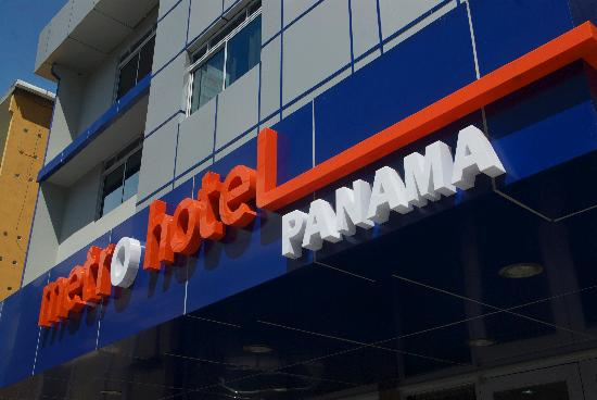 Metro Hotel Panama: Location