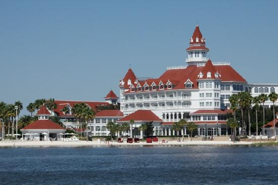 Grand Floridian From 7 Seas Lagoon Picture Of Disney S