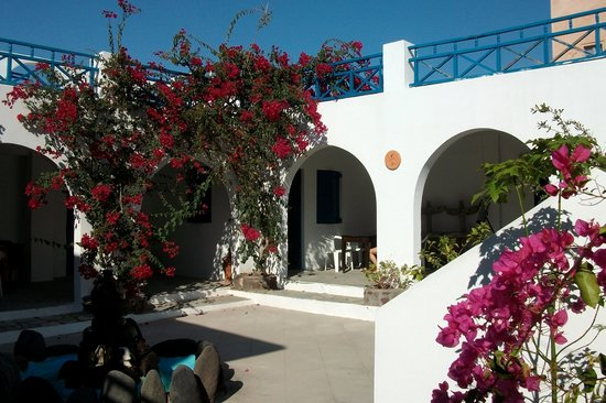 Youth Hostel Oia
