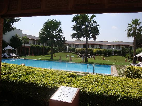 Trident, Agra: great pool