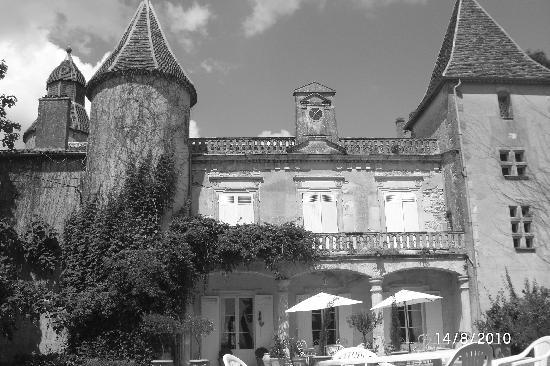 Cancon, France: Charming old Manor, and sunshine .