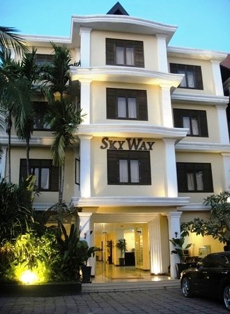 Skyway Hotel