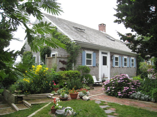 Photo of Aunt Sukies Bed & Breakfast Wellfleet