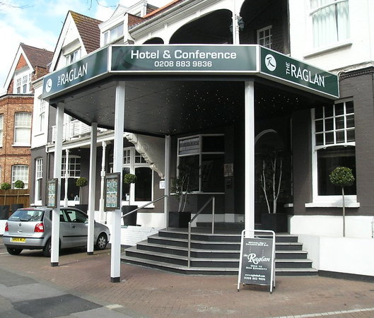 Photo of Raglan Hotel London