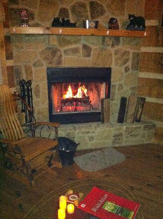 Sunset Cottage Rentals: Roaring Fireplace